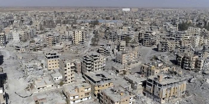 Russia: La Coalizione guidata dagli Stati Uniti ha distrutto Raqqa come Dresda nel 1945