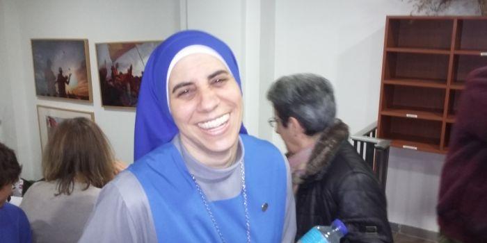 Una testimonianza da Aleppo, Suor Mar�a Guadalupe de Rodrigo: �Con Assad i cristiani non sono stati perseguitati. L�Occidente non pu� imporre la sua �democrazia� ai siriani�
