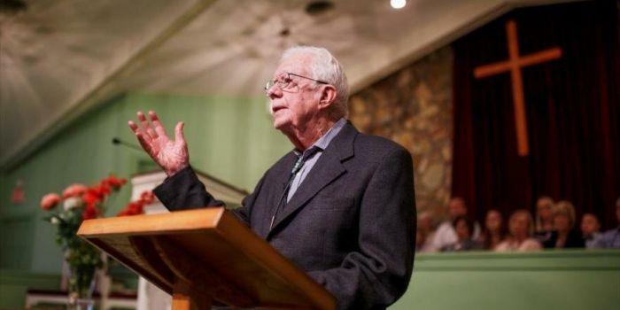 L'ex presidente Carter afferma che gli Stati Uniti sono la nazione più belligerante del mondo