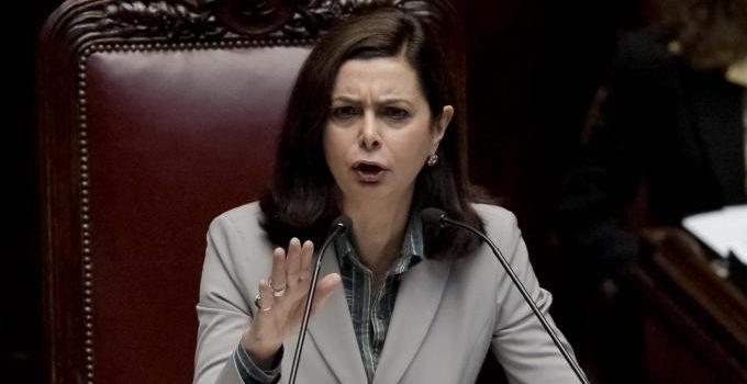 '8 italiani su 10 a favore dell'UE': L'ultima trovata di Laura Boldrini in stile Goebbels