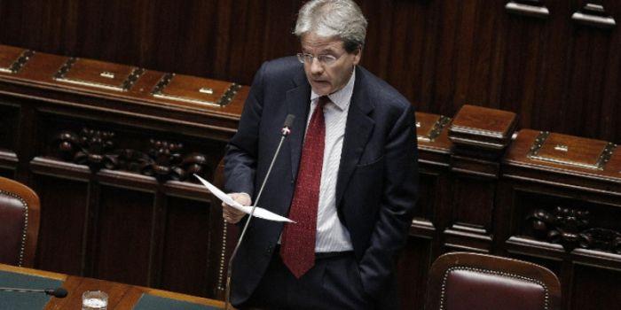 Gentiloni torna a parlare di Siria in Aula. Il contributo dell'Italia? Lavorare per la destituzione di Assad