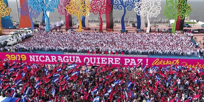 Risultati immagini per Ortega con Morales e Chavez immagini