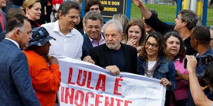 Lula: Non hanno imprigionato un uomo, hanno imprigionato un'idea e un'idea non muore