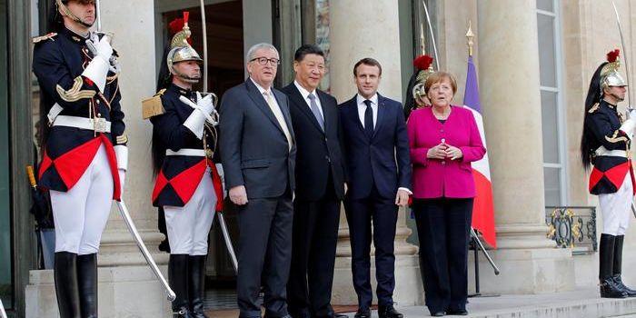 Il Leviatano getta la maschera. Macron chiede a XI: rispetto per l'unità europea