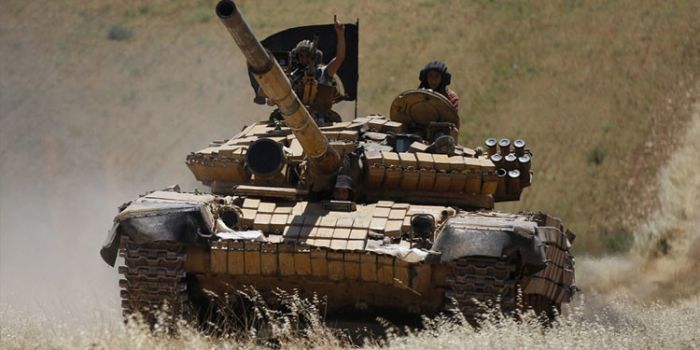 VIDEO. Ecco come la Turchia protegge le basi dei terroristi di Al-Nusra vicino al suo confine con la Siria