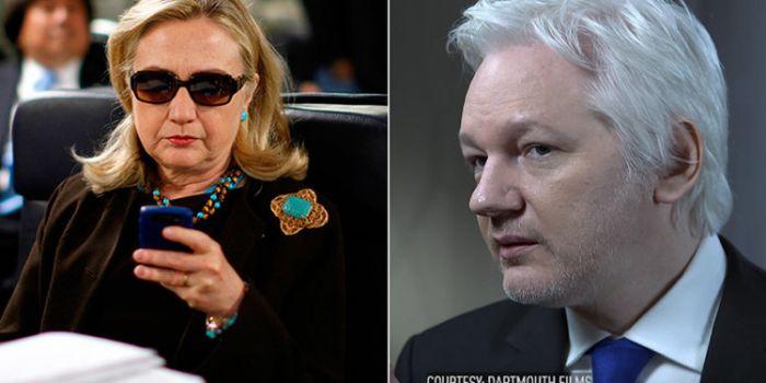 Assange: «Hillary Clinton figura chiave nella distruzione della Libia»