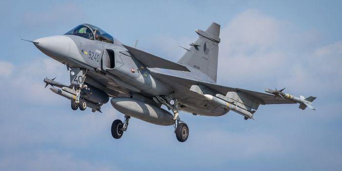 F-16 di Belgio e Danimarca con i caccia Gripen della