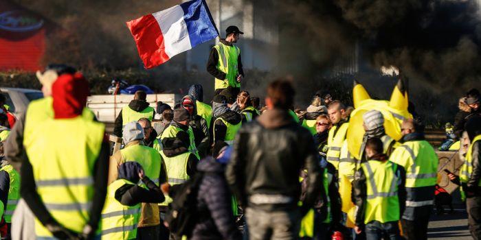 Gilet gialli e lotta di classe in Francia