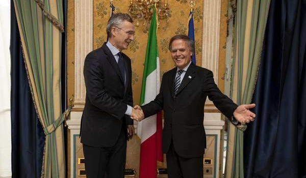 Tutte le bugie nucleari che il Generale Nato Jens Stoltenberg ha raccontato all'Italia