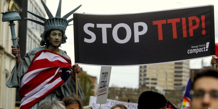TTIP necessario per proteggere le grandi banche. Parola di Ambasciatore Usa in Italia