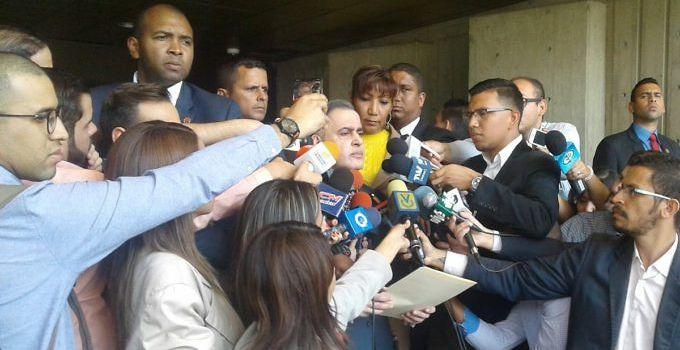 Venezuela. La procura sollecita misure cautelari contro Juan Guaidó presso la Corte Suprema