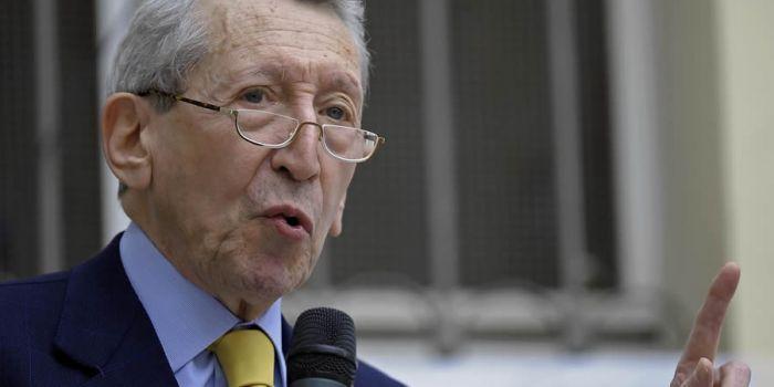 Sergio Romano: Sulla Nato bisogna fare un passo indietro... (si quel Sergio Romano)