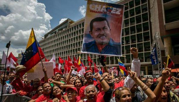 Risultati immagini per Rivoluzione bolivariana immagini