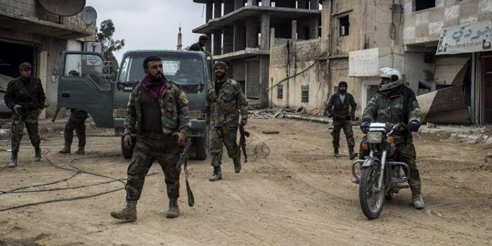 Mosca: L'esercito siriano a Idlib ha sequestrato armi di fabbricazione occidentale lasciate dai terroristi a Idlib