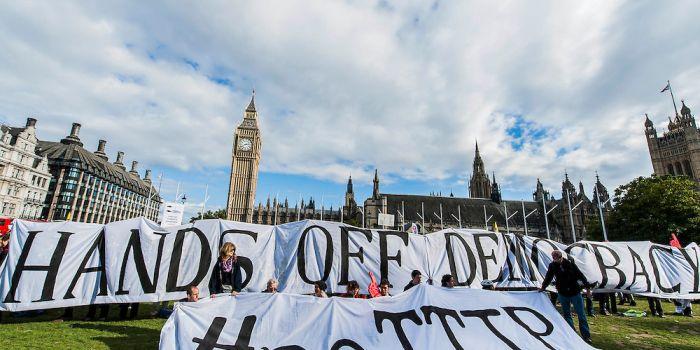 Joseph Stiglitz: Il TTIP rappresenta la presa del potere segreta delle multinazionali: