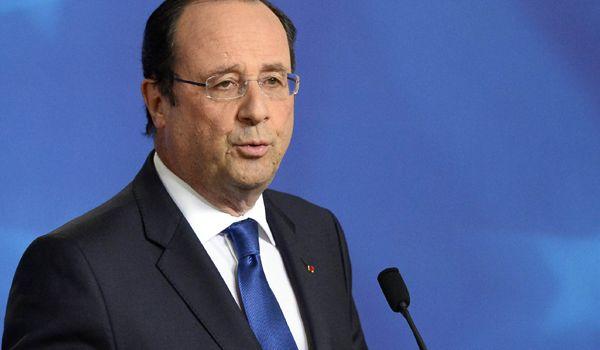 Hollande minaccia di 'sospendere dall'Ue' le nazioni che eleggono politici di estrema destra