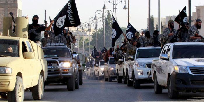 Il rapporto segreto del Pentagono prova la complicit� degli Usa nella nascita dell'ISIS. Ex ufficiali dell'intelligence Usa