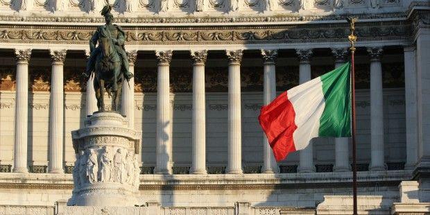 La crisi greca dell'estate 2015 è stato l'antipasto; la crisi italiana sarà LA crisi dell'Eurozona. Jacques Sapir