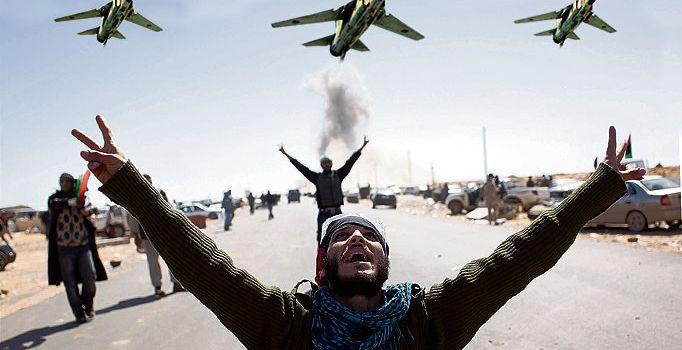 Pino Arlacchi - Libia: l'intervento NATO che bombardò la ragione