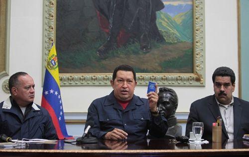 Intervista a Geraldina Colotti da Caracas - Il 'resettaggio' della Rivoluzione bolivariana in Venezuela a 100 anni dalla Rivoluzione d'Ottobre
