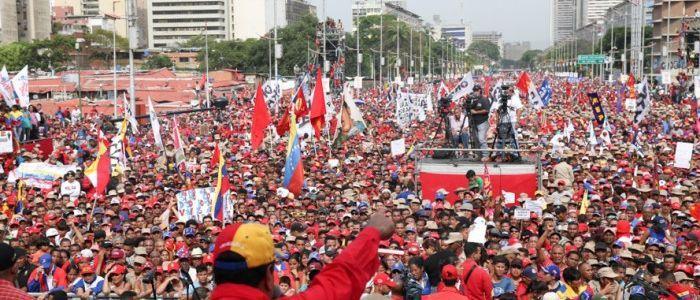 Il Venezuela tra golpisti e fake news