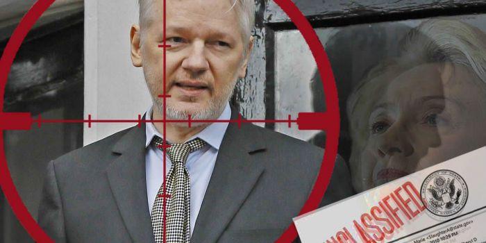 Hillary Clinton: 'Ma un drone contro Julian Assange?'