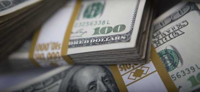 Un professore di diritto contro Summers: Il contante è la moneta della libertà