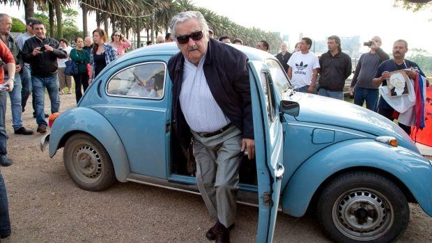 La lezione di 'Pepe' Mujica: la vita umana non può ridursi a lavorare, pagare le bollette e accumulare debiti