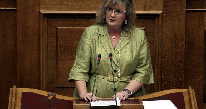 Tre milioni di euro a deputato: in Grecia Pasok e Nuova Democrazia vogliono evitare così le elezioni anticipate
