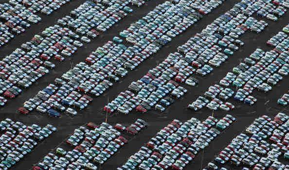 I cimiteri delle auto invendute